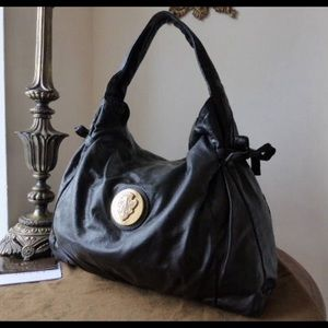 Authentic Gucci hysteria hobo with dust bag